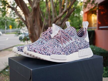 "NMD R1 PK ""No Signal"" US10.5 DS NEW!"