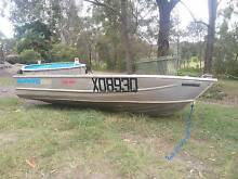 Aluminium  Tinny ( Boat ) Modern Design VGC, Inc Brand New Extras Logan Area Preview