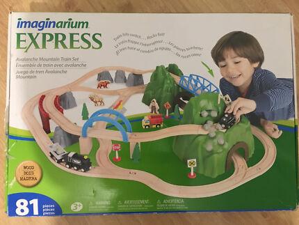 Imaginarium Express Avalanche Mountain Train Set