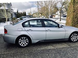 BMW 325 i - 2006- Priced to Sell!