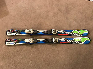Youth downhill skis 120