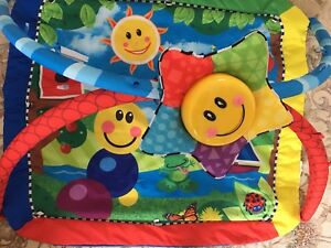 Play mat (gym for baby)