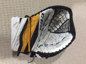 Pro Ccm Goalie | Kijiji in Ontario  - Buy, Sell & Save with Canada's