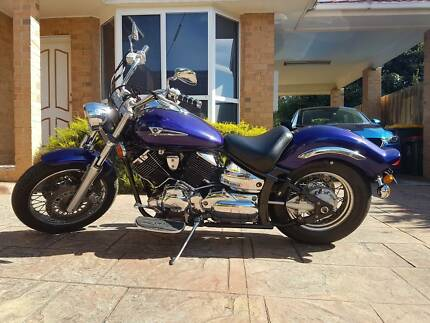 Yamaha V-Star XVS 1100 Custom in great condition
