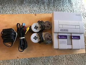 SNES (Super Nintendo) en excellente condition