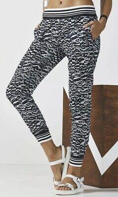Fabletics Eve Jogger Pants Sz L Joggers Athleisure Black/White Print Lightweight