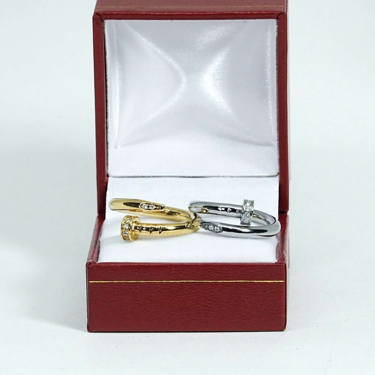 High Quality Love Twisted Ring for Men and Women - FREE BOX - Perfect GIFT+++