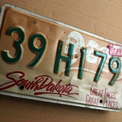 SOUTH DAKOTA Altes Blech Nummernschild um 1990 ORIGINAL US License Plate 39H179