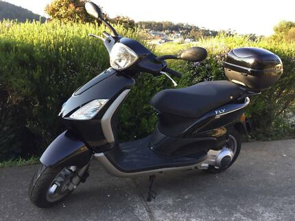 Piaggio Fly 125 Scooter - Low Kms, Never Dropped, Italian Design South Hobart Hobart City Preview