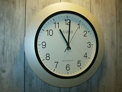 La Crosse Technology Radio Controlled Round Wall Clock 14