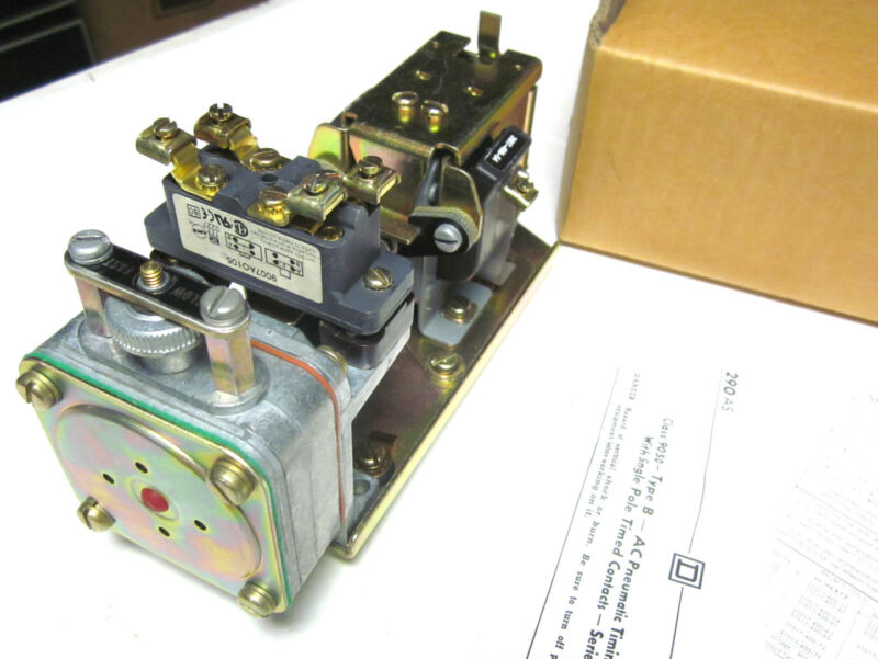 * NIB Square D Pneumatic Timing Relay Class 9050 . Type B .. Series E ... ZH-34A