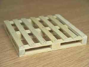 Dolls House Miniature 1/12th Scale Wooden Pallet