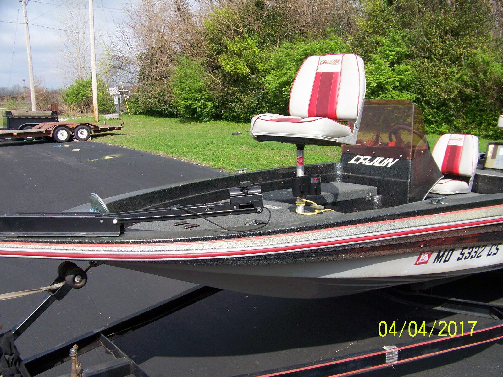 1989 cajun bass boat 16 4 fiberglass outboard for Bass boats with evinrude motors