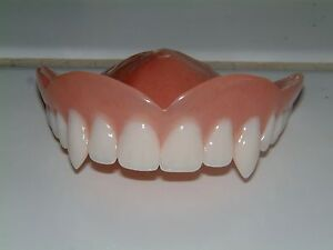 Vampir, Horror,Zahnprothese,zahnersatz,prothese, oberkiefer, dental,Gebiss,