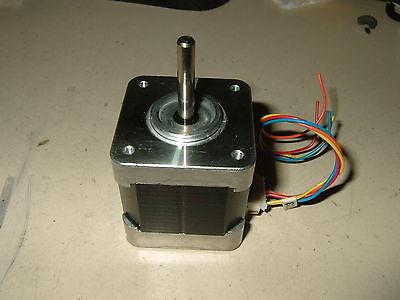 New Stepper Motor Nema17 - Cnc Mill Robot Reprap Makerbot Arduino 76ozin 10v