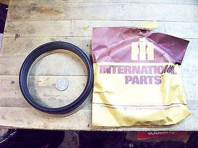 Ih International Harvester Seal Packing Assembly 4 Piece 702744 C1 H8h