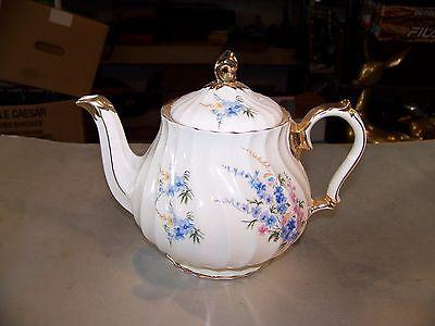 Vintage Sadler England Teapot Pink And Blue Flowers w/ Shiny Gold Trim # 2748