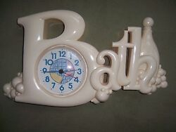 Burwood New Haven Vintage 1987 Bubble Bath Wall Quartz Clock #2903 Pale Pink