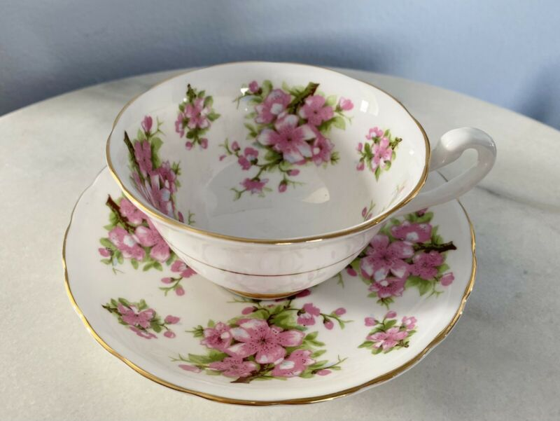 ROYAL CHELSEA PINK APPLE BLOSSOM FLORAL CUP & SAUCER GOLD English China Dogwood