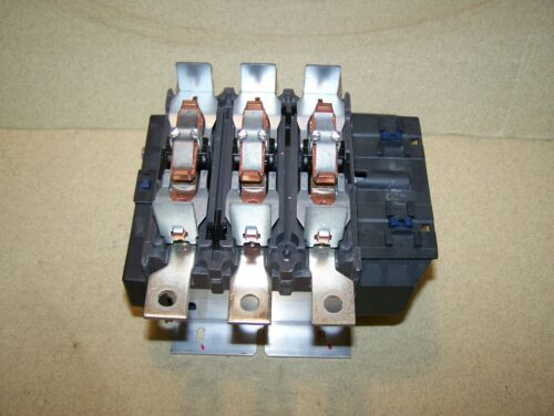 USED Schneider Electric LC1F265 Contactor in Good Condition #K1