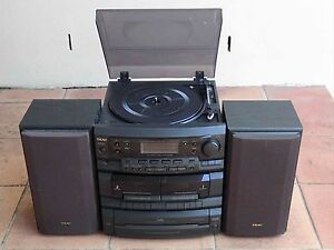 ★ TEAC Retro Stereo System with Turntable Robina Gold Coast South Preview