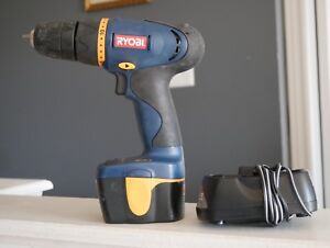 Ryobi 9.6V cordless drill machine in excellent working condition