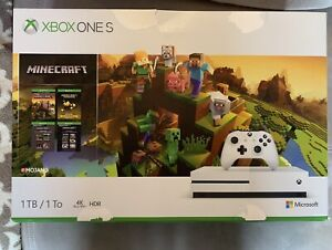 Xbox One S Minecraft edition 1TB, almost new