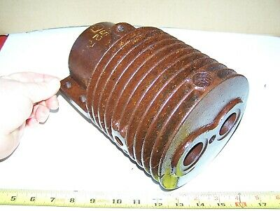 Original Ihc Air Cooled Tom Thumb 1hp Famous Hit Miss Gas Engine Cylinder Nice