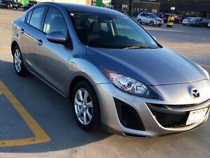Mazda3 2011 w/ 14 months extended warranty!!!