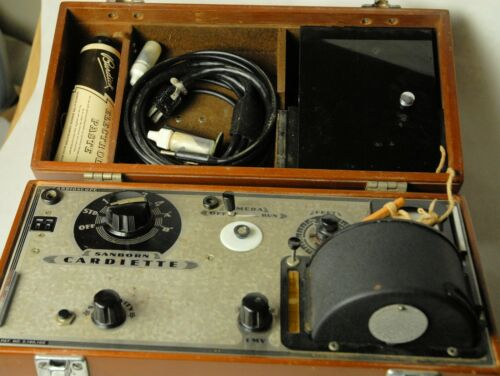 Sanborn Cardiette Medical Cardioscope in Wooden Case w/ cover - EX condition