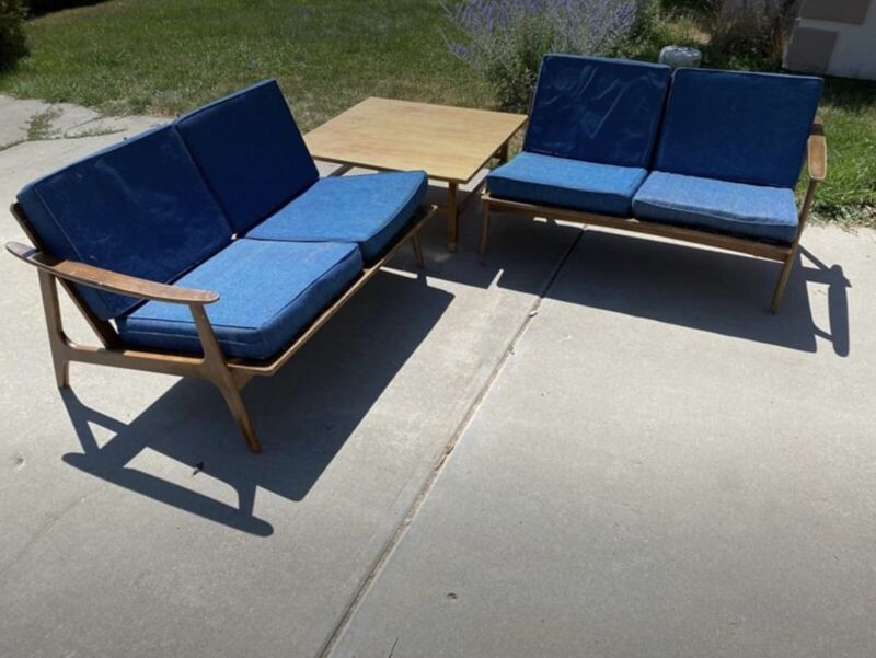 Vintage Mid Century Modern Sectional.
