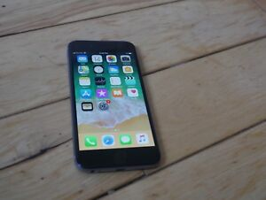 Unlocked IPhone 6 16gb space grey mint condition