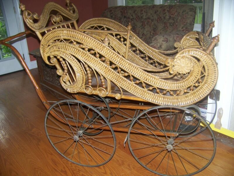 ORNATE GENDRON WICKER BABY STROLLER