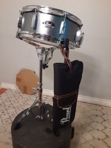 Pear Roadshow Snare-Stand-Sticks-Pearl Pouch-key Gray