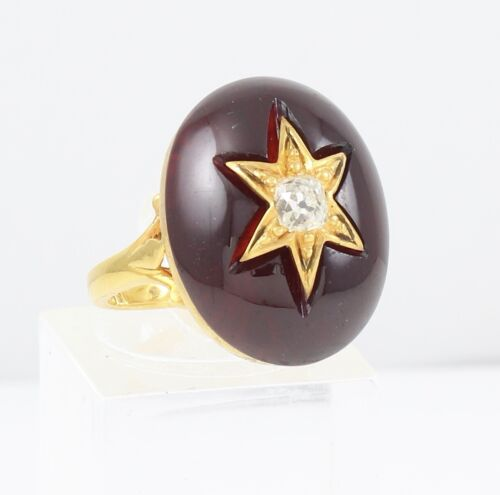 Antique Victorian 18Ct Gold Ring With Cabochon Garnet And Diamond c 1880