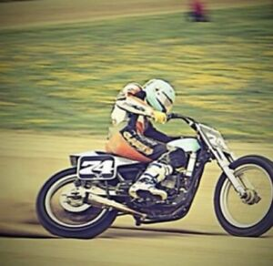 Wanted! Looking for a framer for flat track!