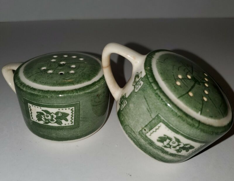 Vintage Green Flower Teacup Shape Salt and Pepper Stylish Shakers Pre-Owned