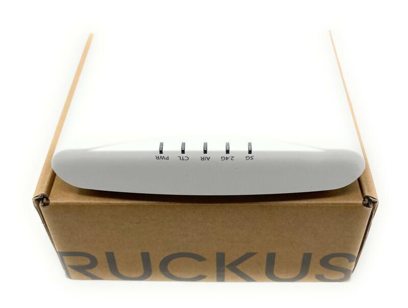 Ruckus R510 ZoneFlex Wireless Access Point with Dual-Band, 901-R510-WW00