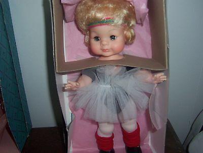 Vintage Madame Alexander 1964 Muffin Doll In Box