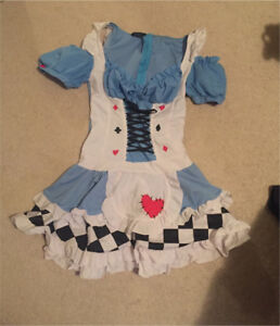 Women's Alice in Wonderland Med.