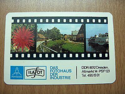 Taschenkalender 1985 mit Werbung für PENTACON ILAFOT Fotohaus Dresden Altmarkt