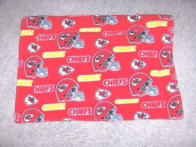 #1020 - KANSAS CITY CHIEFS NFL FOOTBALL - DOG, CAT BED - PAD ()