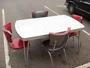 Dinette Mfg Co Retro Dinette Kitchen Table 4 Chairs Chrome Metal Yellow Formi