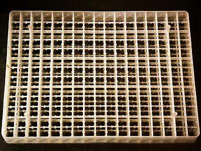 221 Egg Rite Farm Products Small Egg Quail Bird Egg Tray For Cabinet Incubators