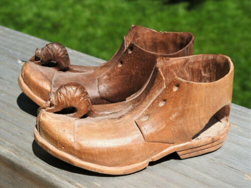 Vintage Hand Carved Whittled Wood PAIR Shoes w/ Mouse on Toe Folk Art