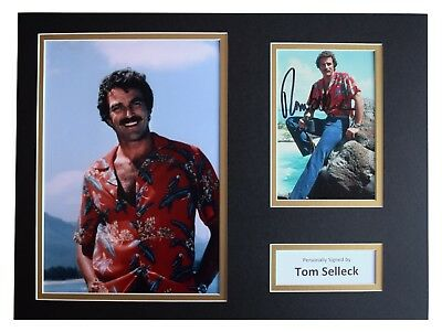 Tom Selleck Signed autograph 16x12 photo display Magnum, P.I. TV AFTAL COA