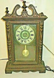 SPARTUS CORPORATION VINTAGE ELECTRICAL WALL CLOCK WITH PENDULUM