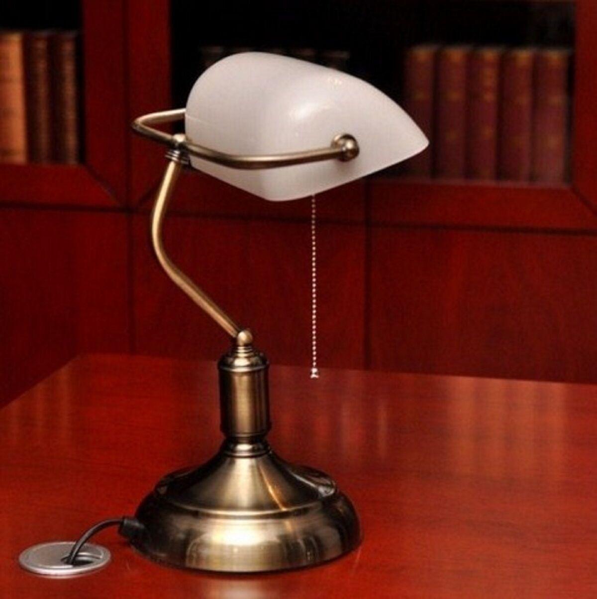 Lampada tavolo scrivania Banchiere Ministeriale inglese Churchill ufficio Bianco