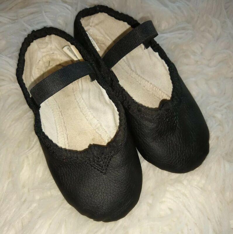 Toddler Boys or Girls Ballet Shoes Size (9) fits 8 Black EUC