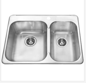 """LOOKING FOR a kitchen sink 27""""-30"""" wide."""